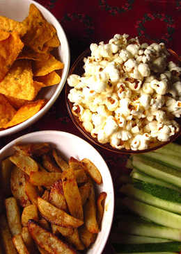 What's the game plan tonight? - Healthy Dip, Baked Veggies and Popcorn