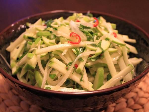 Thai-Inspired Green Apple Slaw