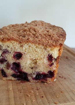 Pecan-Black Currant Pound Cake