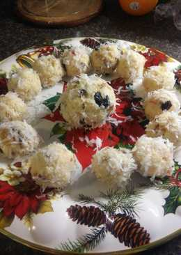 Tropical coconut ladoo