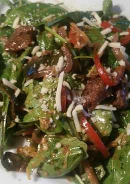 Steak & Spinach Salad w/ Mole Dressing