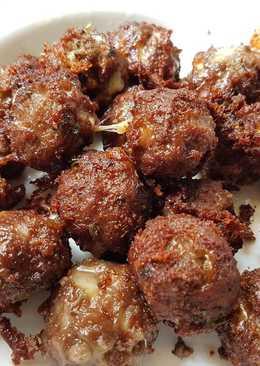 Meatballs with Cheese & Oregano