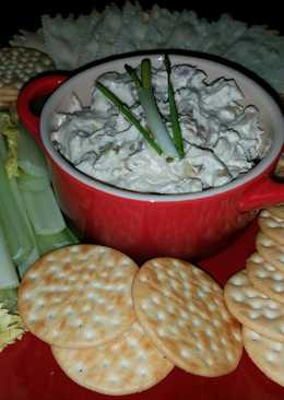Mike's 8 Onion Bagle Spread Or Party Dip