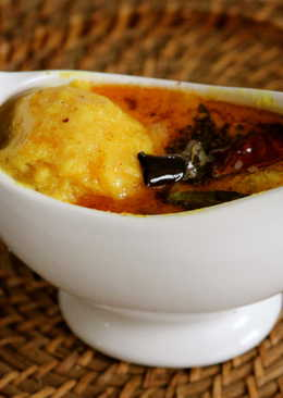 Mambhazha Pulliserry (Sweet Mango in Coconut and yoghurt sauce)