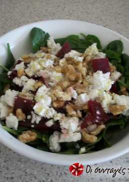Extremely easy salad with spinach, beetroot and feta cheese