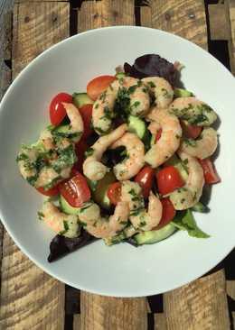 Quick prawn salad