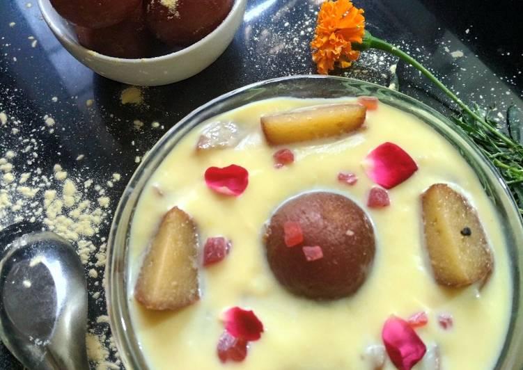 Image result for गुलाब जामुन कस्टर्ड