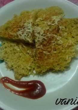 Maggi egg cheese omlette