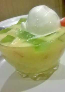 Fruit Salad+Jelly+Ice cream = Slurp Slurp :)