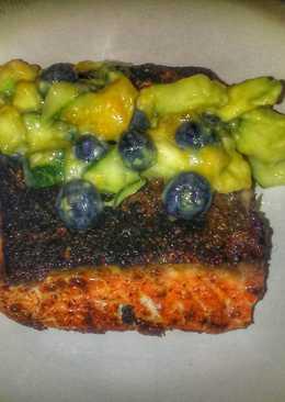 Chili Salmon with Mango Cucumber Salsa