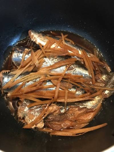 Japanese Simmered Sardines with Ginger