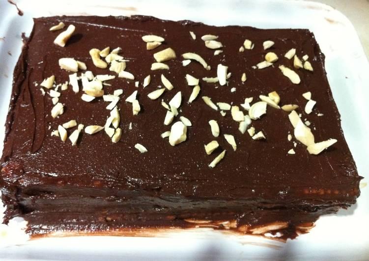 Biscuit Cake (No-Bake Cake)