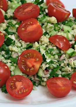 Tabouleh (Tabbouleh) salad with cherry tomatoes