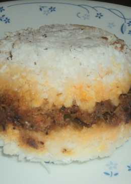Erachi puttu / Steamed Chicken Rice Cake