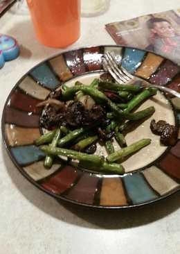 Delicious Green Beans and Mushrooms