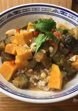 Spicy Peanut Stew with Okra, Aubergine & Sweet Potato