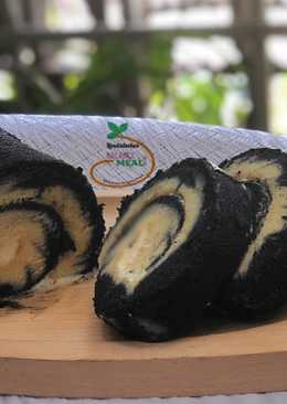 Bamboo Charcoal Hurricane Swiss Roll