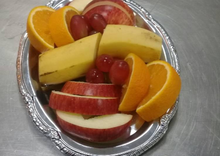 Mini fruit platter Recipe by liz Ngugi  - Cookpad Kenya
