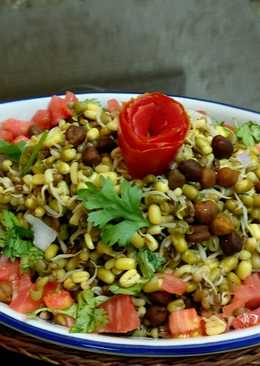 Moong and moth Sprout Salad