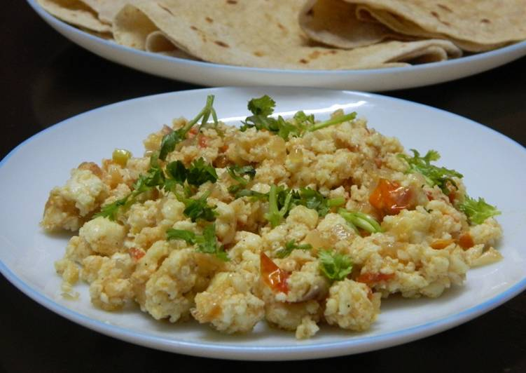 Cottage cheese scrambled (Paneer Burji)