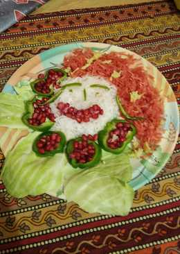Fruits and vegetables mixed salad