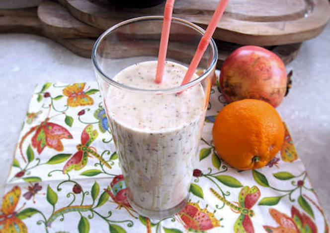 Resep Banana, oats and almond milk smoothie