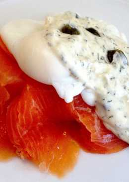 Smoked Salmon and Poached Eggs with Dill and Caper Sauce