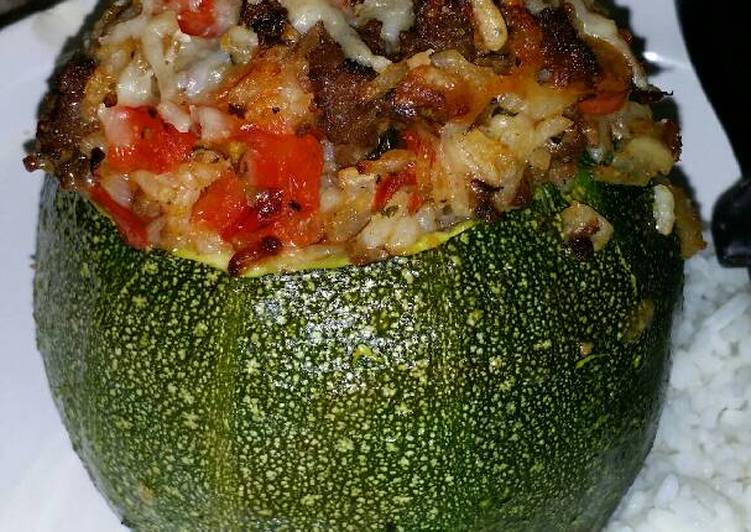Round, Stuffed Zucchini with Brown Rice, Ground Beef, Red ...