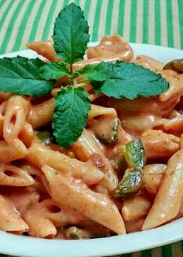 Red cheesy panne pasta