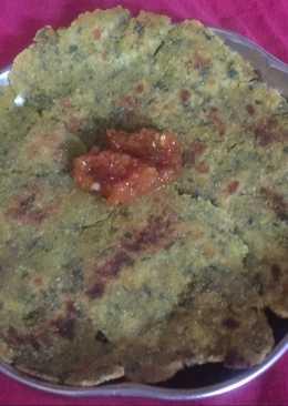 Makka methi paratha