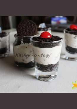 Oreo Glass Cheesecake