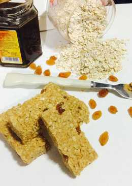 Peanut butter Honey & Oats bars