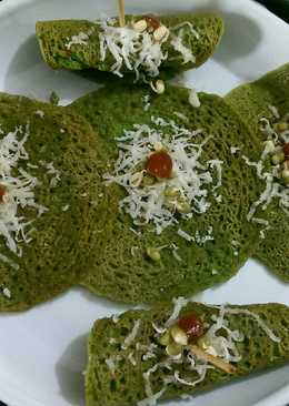 Sprouted palak paneer chilla