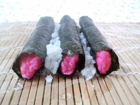 how to make sushi roll with cling film