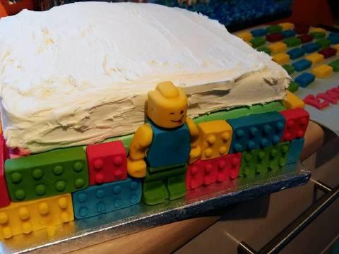 Vickys Lego Cake