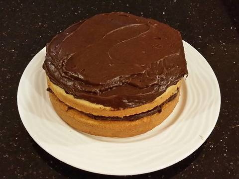 Vanilla Layer Cake with Whipped Chocolate Ganache Filling and Whipped ...