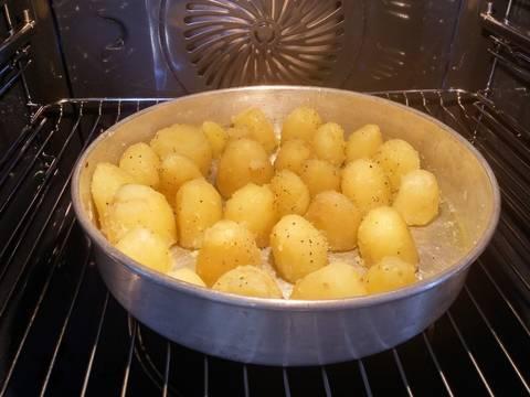 how to get crunchy roast potatoes