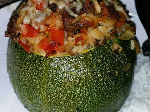 , Stuffed Zucchini with Brown Rice, Ground Beef, Red Pepper Recipe ...