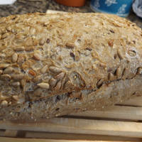 Pan de Molde Semi Integral con Semillas