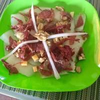 Carpaccio de melón con crujiente de jamón