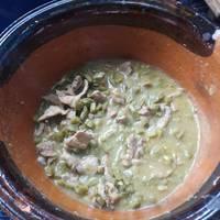 Tacos de bisteces con nopales en salsa verde