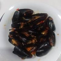 Mejillones en salsa marinera picante