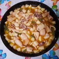 Calamares con judías verdes y patata