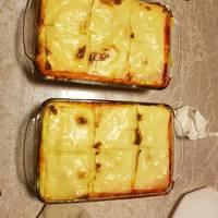 Pastel de carne con sobrasada y parmentier gratinada
