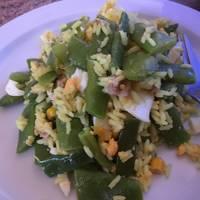Ensalada tibia de judías verdes, arroz y atún