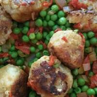 Albóndigas de bacalao en salsa de piquillo