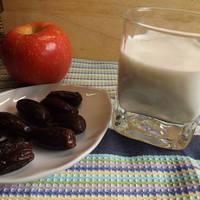 Batido de avena con manzana y frutos secos