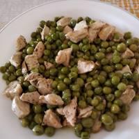 Guisantes con pollo