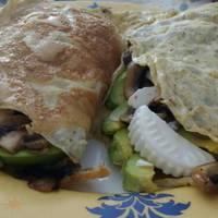Tortilla rellena de champiñones y queso fresco