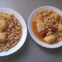 Alubias Blancas con Chorizo
